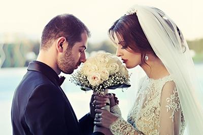 2021辛丑牛年农历八月初二日适不适合结婚?