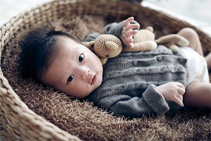 2021年11月28日出生的女宝宝起名带什么字好 女孩名字大全